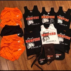 Official HOOTERS Girl Uniforms